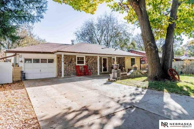 314 S Cotner Boulevard, Lincoln, NE 68510 (MLS #22027530) :: Catalyst Real Estate Group
