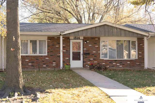 1314 Ohio Avenue, York, NE 68467 (MLS #22027533) :: The Homefront Team at Nebraska Realty