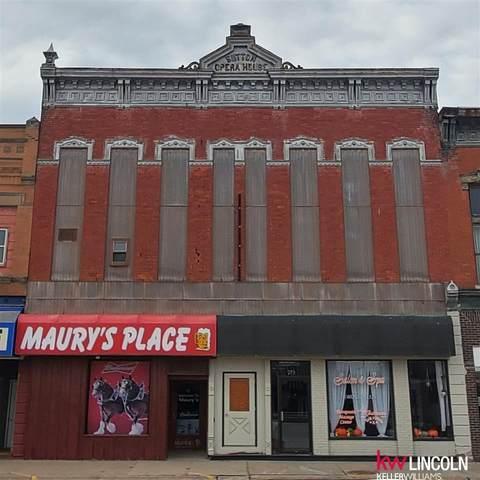 211 N Saunders Street, Sutton, NE 68979 (MLS #22027640) :: Capital City Realty Group
