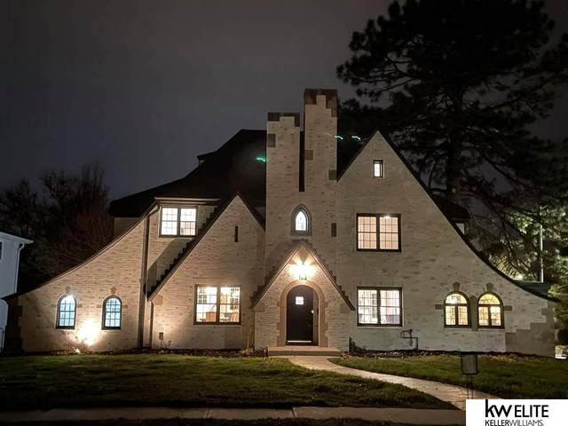 102 S 53rd Street, Omaha, NE 68132 (MLS #22027707) :: Catalyst Real Estate Group