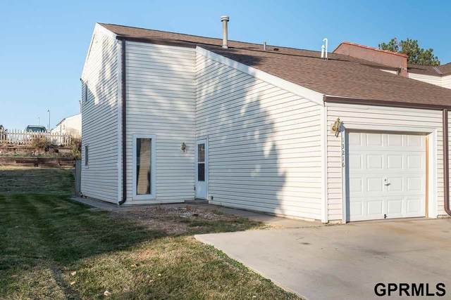 13216 Carpenter Street, Omaha, NE 68138 (MLS #22027782) :: Capital City Realty Group