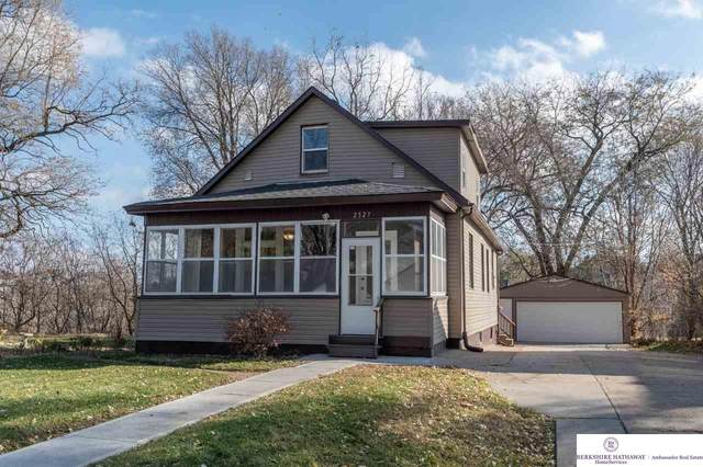 2527 S 10 Street, Omaha, NE 68108 (MLS #22027841) :: The Homefront Team at Nebraska Realty