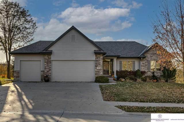 718 S 196 Avenue, Elkhorn, NE 68022 (MLS #22027879) :: Omaha Real Estate Group