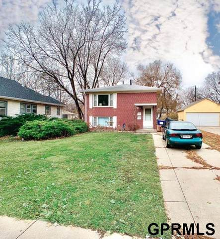 821 S 29th Street, Lincoln, NE 68510 (MLS #22028051) :: Capital City Realty Group