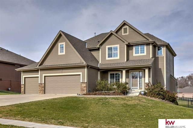 2104 Barbara Avenue, Bellevue, NE 68147 (MLS #22028188) :: kwELITE