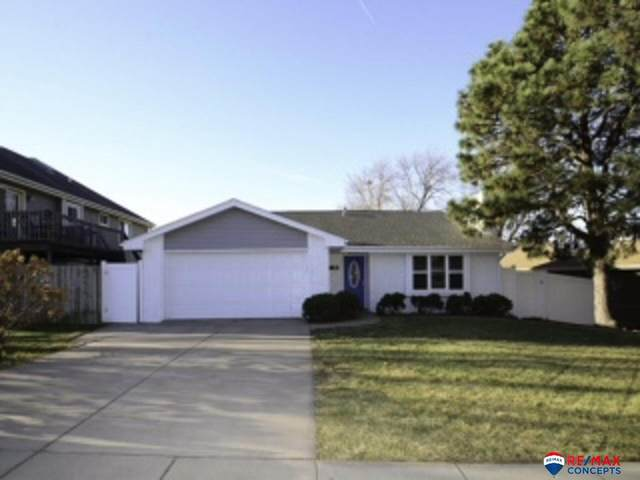 5901 Spruce Street, Lincoln, NE 68516 (MLS #22028472) :: Complete Real Estate Group