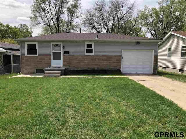 4605 Redick Avenue, Omaha, NE 68152 (MLS #22028497) :: Omaha Real Estate Group