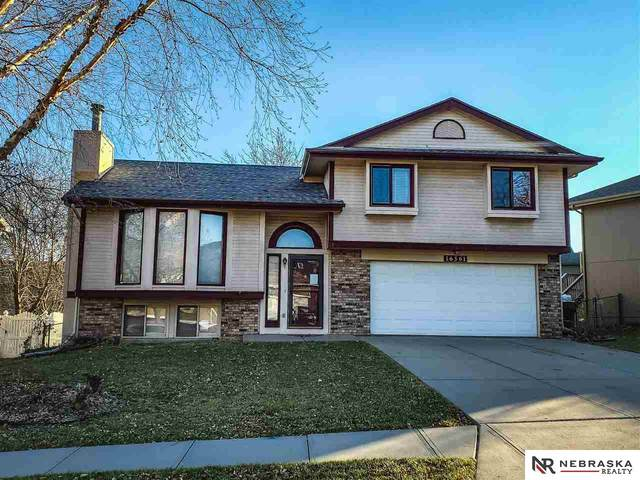 16561 Adams Street, Omaha, NE 68135 (MLS #22028513) :: Stuart & Associates Real Estate Group