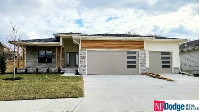 8203 N 166 Street, Omaha, NE 68007 (MLS #22028591) :: Catalyst Real Estate Group
