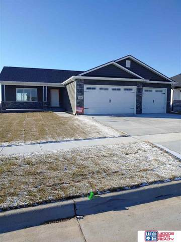 345 Woodland Boulevard, Hickman, NE 68372 (MLS #22028653) :: Cindy Andrew Group