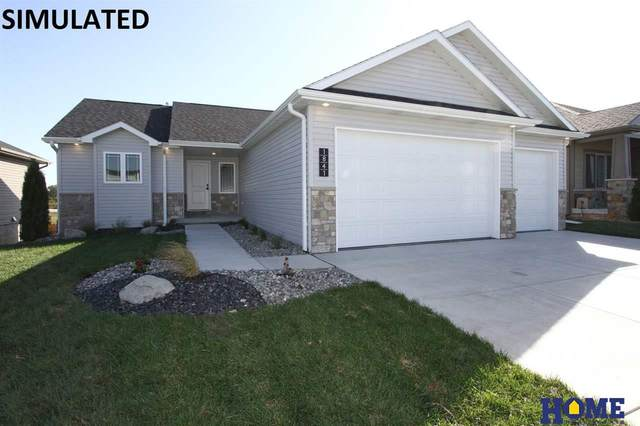 1611 W Avalanche Road, Lincoln, NE 68521 (MLS #22028670) :: kwELITE
