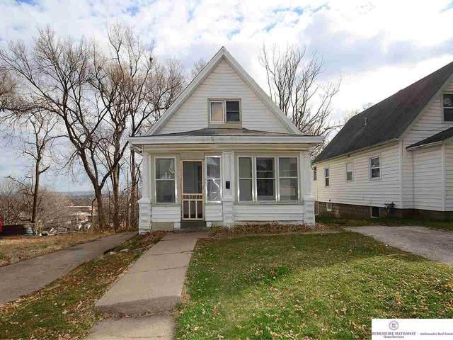 4919 N 35 Street, Omaha, NE 68111 (MLS #22028712) :: One80 Group/Berkshire Hathaway HomeServices Ambassador Real Estate