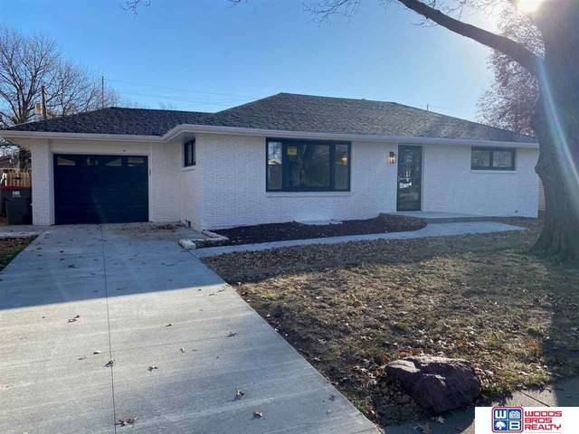 810 N 55th Street, Lincoln, NE 68504 (MLS #22028716) :: Stuart & Associates Real Estate Group