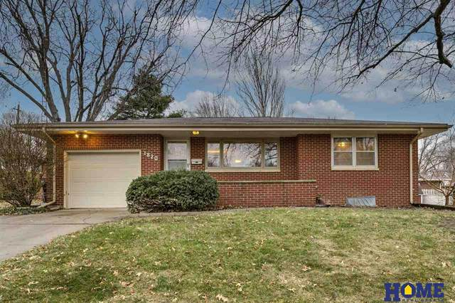 1820 Brookhaven Drive, Lincoln, NE 68506 (MLS #22028857) :: Lincoln Select Real Estate Group