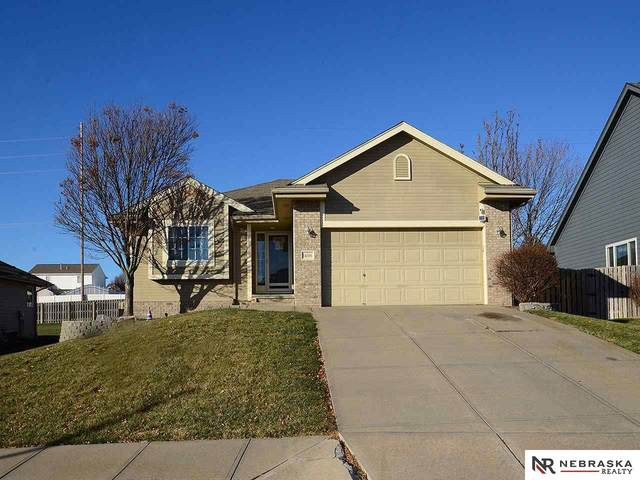 14306 S 24th Street, Bellevue, NE 68123 (MLS #22028858) :: Capital City Realty Group