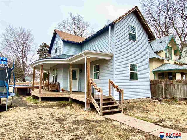 2804 T Street, Lincoln, NE 68503 (MLS #22028969) :: Complete Real Estate Group