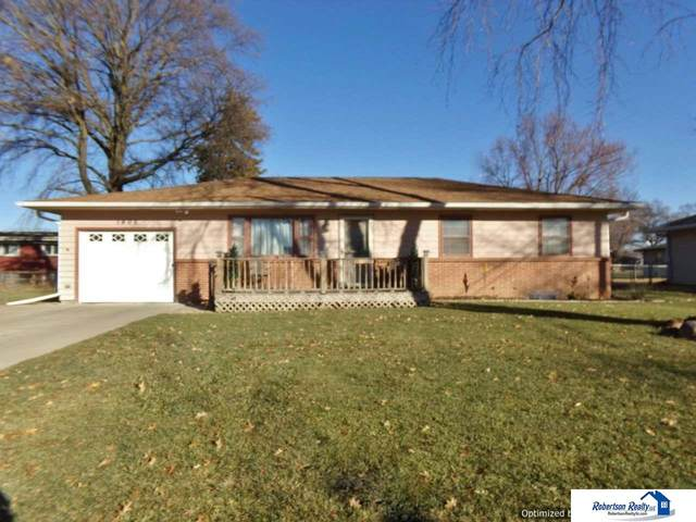 1406 Carlyle Street, Beatrice, NE 68310 (MLS #22029020) :: Capital City Realty Group