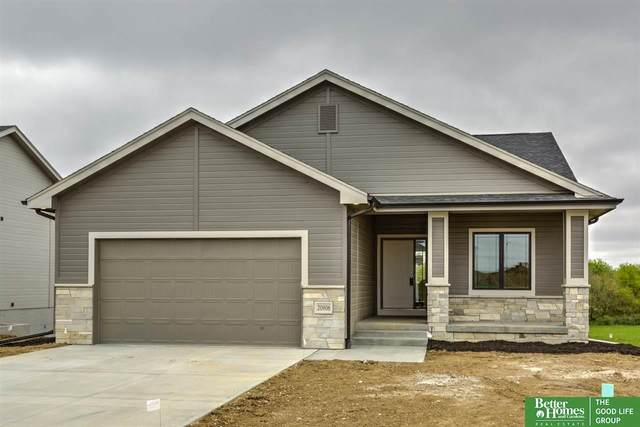 20906 Sandstone Lane, Gretna, NE 68028 (MLS #22029073) :: The Homefront Team at Nebraska Realty