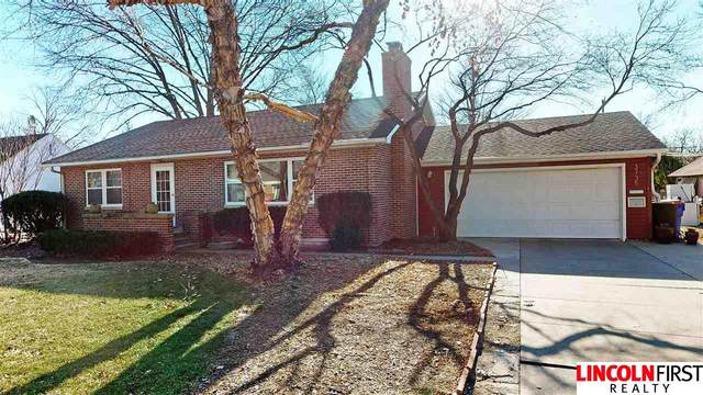 3735 A Street, Lincoln, NE 68510 (MLS #22029081) :: Complete Real Estate Group