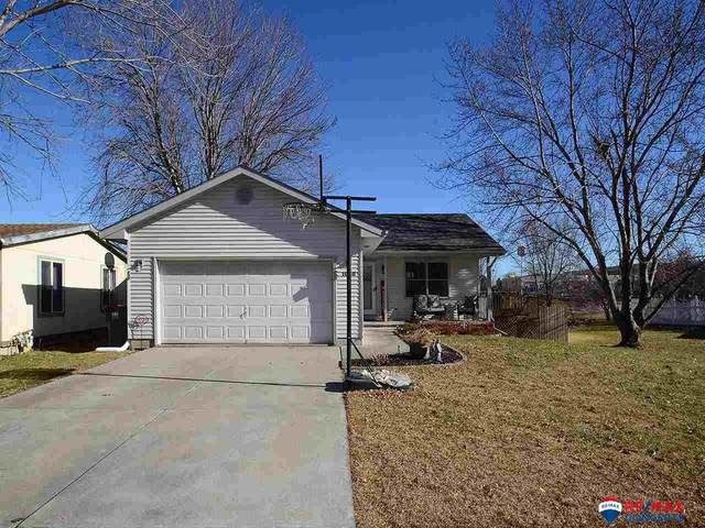 1030 SW 21st Court, Lincoln, NE 68522 (MLS #22029160) :: Capital City Realty Group