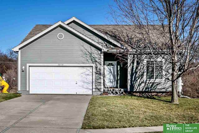 20710 Cedar Circle, Gretna, NE 68028 (MLS #22029172) :: Capital City Realty Group