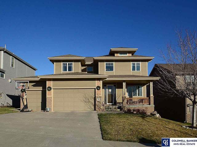 18404 Farnam Street, Omaha, NE 68022 (MLS #22029229) :: Cindy Andrew Group