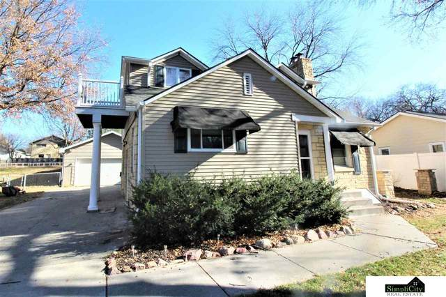 2830 S 44th Street, Lincoln, NE 68506 (MLS #22029279) :: Capital City Realty Group