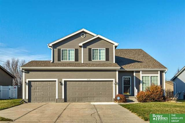 18762 Holmes Street, Omaha, NE 68135 (MLS #22029318) :: Omaha Real Estate Group