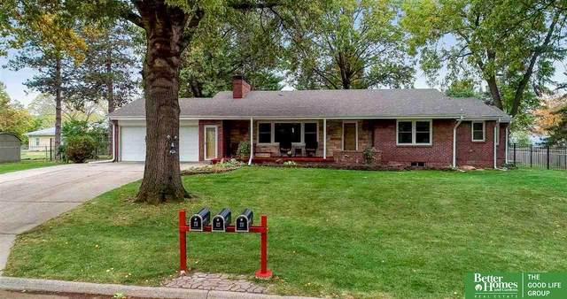 7665 Hickory Street, Omaha, NE 68124 (MLS #22029339) :: Omaha Real Estate Group