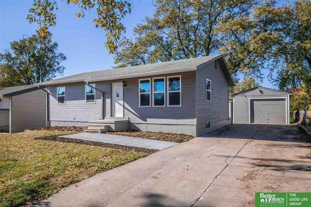 3622 S 120th Street, Omaha, NE 68144 (MLS #22029372) :: The Homefront Team at Nebraska Realty