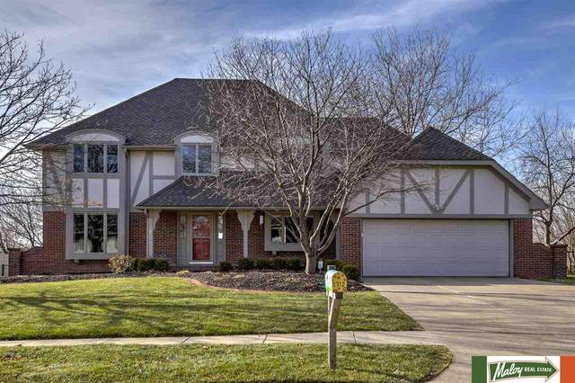 1712 N 102 Avenue, Omaha, NE 68114 (MLS #22029392) :: The Homefront Team at Nebraska Realty