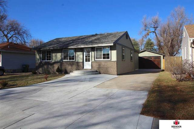 3400 Saint Paul Avenue, Lincoln, NE 68504 (MLS #22029410) :: The Homefront Team at Nebraska Realty