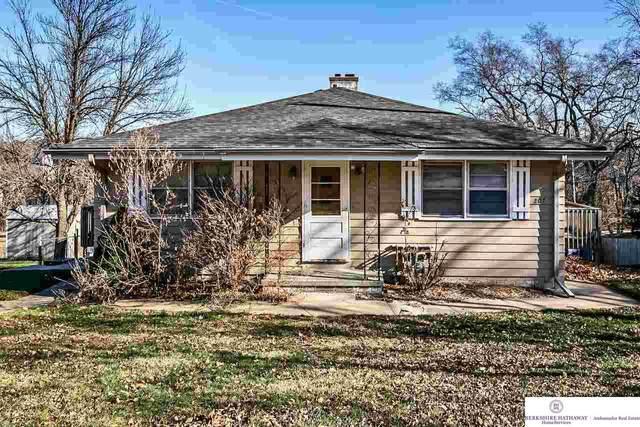 207 N Stark Street, Bennington, NE 68007 (MLS #22029430) :: The Homefront Team at Nebraska Realty