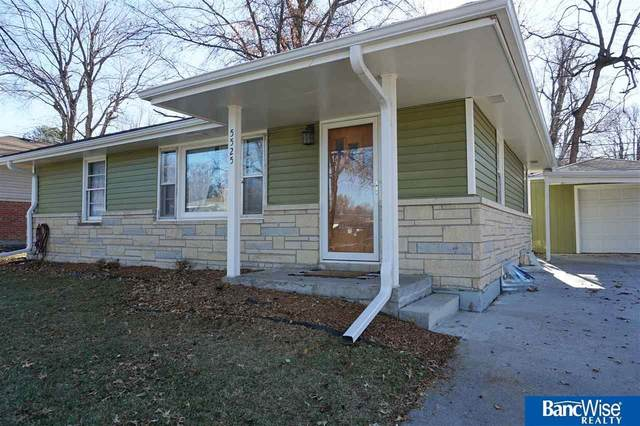 5525 Sumner Street, Lincoln, NE 68506 (MLS #22029434) :: Complete Real Estate Group