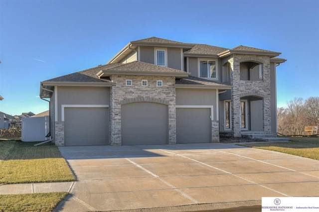 7514 N 168 Avenue, Bennington, NE 68007 (MLS #22029448) :: The Homefront Team at Nebraska Realty