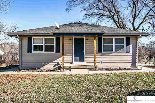 219 N Stark Street, Bennington, NE 68007 (MLS #22029452) :: The Homefront Team at Nebraska Realty