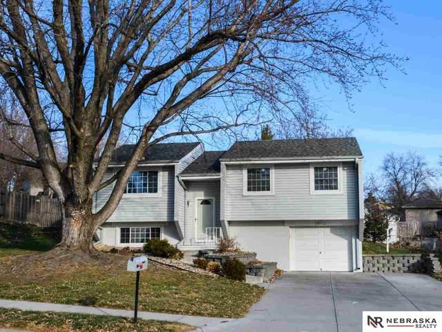 18912 Benton Boulevard, Omaha, NE 68022 (MLS #22029465) :: Complete Real Estate Group