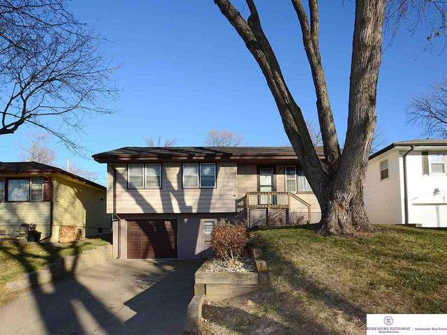 5826 Orchard Avenue, Omaha, NE 68117 (MLS #22029468) :: Complete Real Estate Group