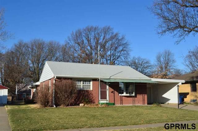 4201 Dunn Avenue, Lincoln, NE 68502 (MLS #22029544) :: The Homefront Team at Nebraska Realty