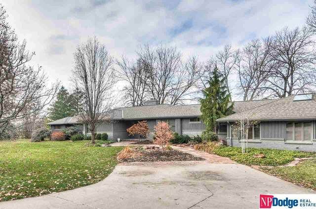 330 S 93 Street, Omaha, NE 68114 (MLS #22029691) :: Dodge County Realty Group