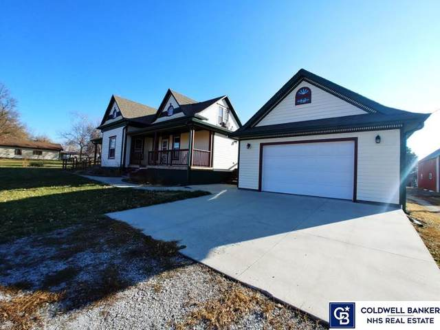 115 W Johnson Street, Filley, NE 68357 (MLS #22029891) :: kwELITE