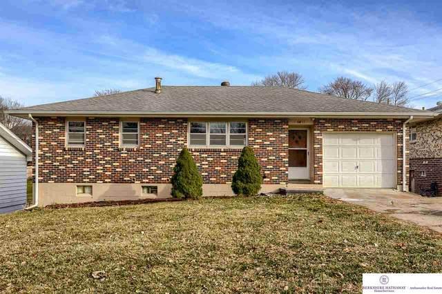 6811 S 51 Street, Omaha, NE 68117 (MLS #22029948) :: Lincoln Select Real Estate Group
