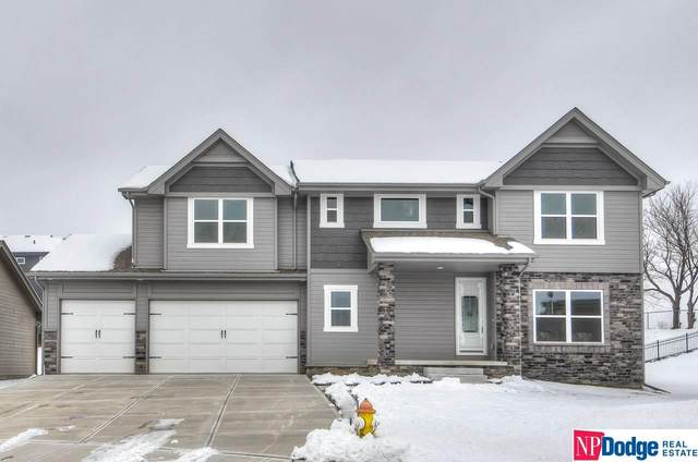 2006 Geri Circle, Bellevue, NE 68147 (MLS #22030243) :: Cindy Andrew Group