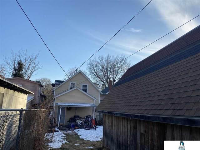 820 C Street, Lincoln, NE 68502 (MLS #22030426) :: kwELITE