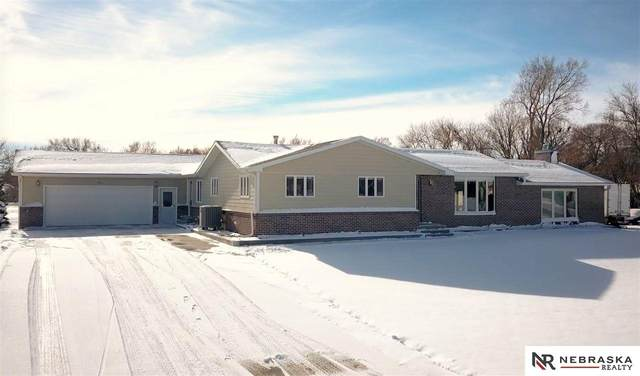 906 13th Street, Central City, NE 68826 (MLS #22030464) :: Cindy Andrew Group
