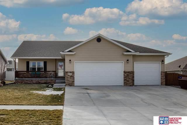 7211 Lilee Lane, Lincoln, NE 68516 (MLS #22030667) :: Stuart & Associates Real Estate Group
