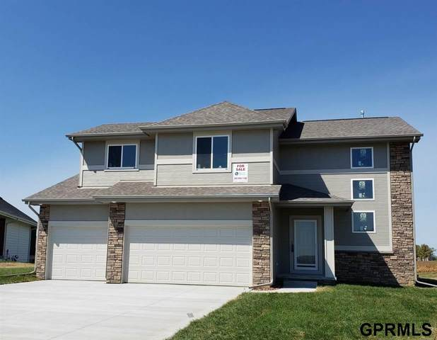 4319 Barksdale Drive, Bellevue, NE 68123 (MLS #22030912) :: The Briley Team