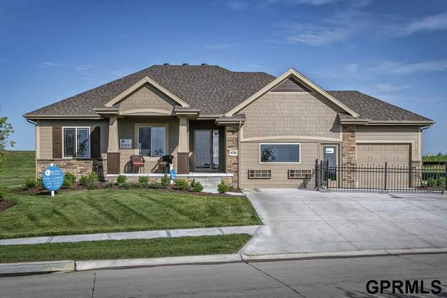12113 Quail Drive, Bellevue, NE 68123 (MLS #22030915) :: The Briley Team