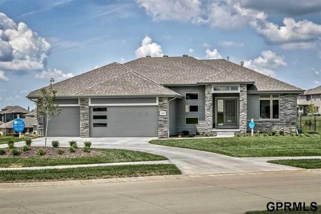 4004 N 189 Street, Elkhorn, NE 68022 (MLS #22030925) :: Cindy Andrew Group