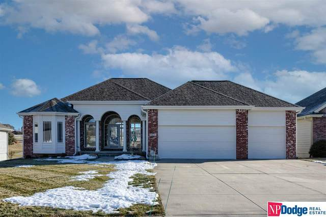 5621 N 167 Street, Omaha, NE 68116 (MLS #22031093) :: Complete Real Estate Group